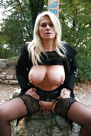 Amateur Homemade MILFs, Matures and Grannies #6