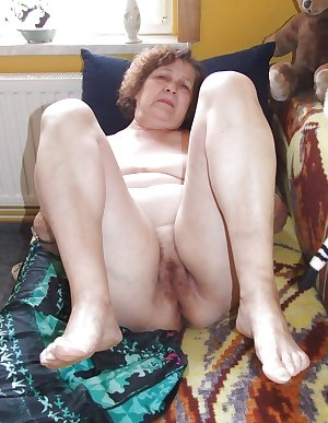 MATURE AND GRANNIES 63
