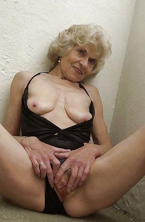 RIPE FRUITS 85 Grandma Special