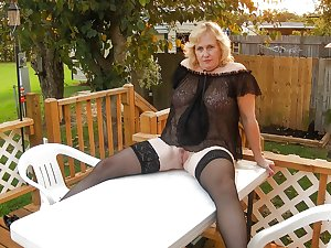 Matures and Grannies 74