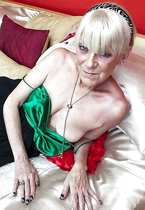 Granny, Older, Seniors   HOTTIES 2