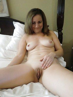 A little older but dam sexy (66)