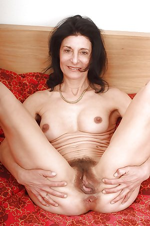 54 year old granny Emanuelle from OlderWomanFun