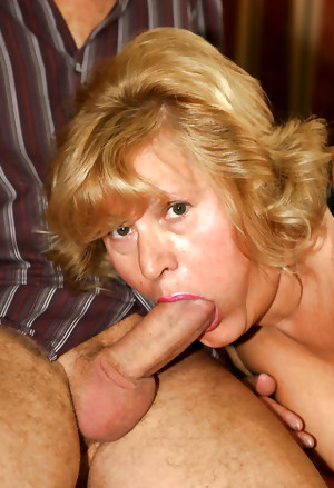 OLDER WOMAN LOVE COCK 11
