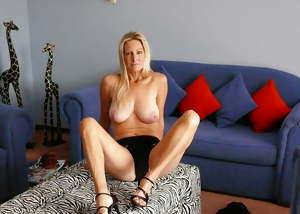 Sexy Busty Mature Wife Pamela