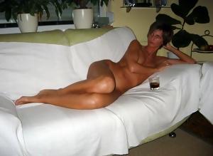 Only the best amateur mature ladies.44