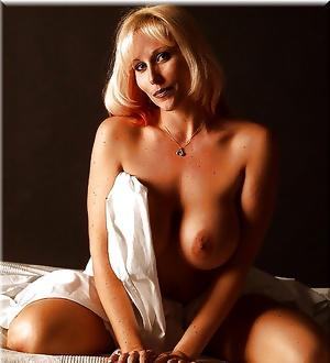 Lion's Pure Beauty: MILFs at their best ! (4)