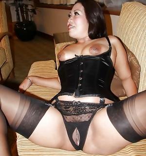 Panties 25: Open crotch, split crotch, or crotchless