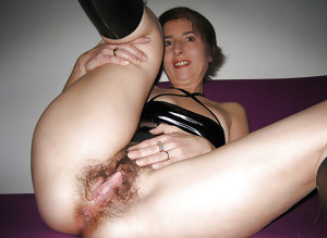 Wedding Ring Swingers #32: Show your pussy