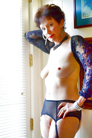 This kinky mama gets an ass full of cum