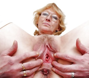 Granny teacher with a great body is fucked deep by a couple of her students