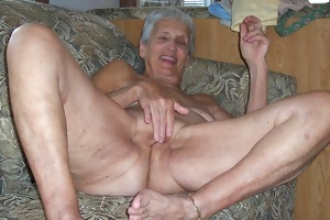 This granny couple loves fucking for the cam