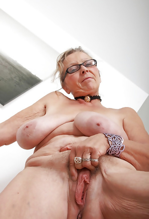 This granny couple gets hot and horny