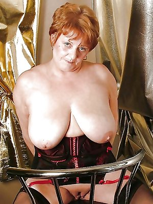 This horny granny slut really wants to show you her stuff