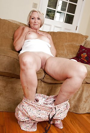 This kinky old mama wants cock and cum