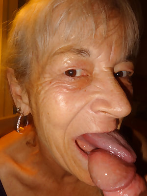This big granny slut loves to play with herself