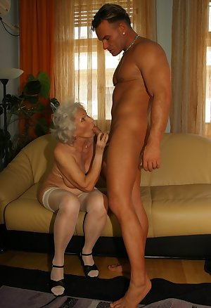 Granny is chubby and horny