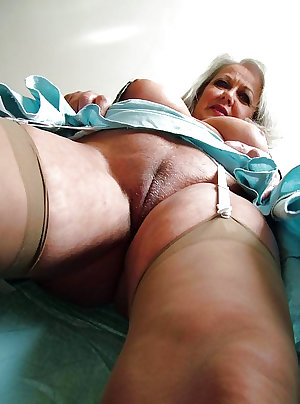 This kinky housewife loves playing with toys