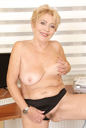 this horny granny slut loves to get fucked good