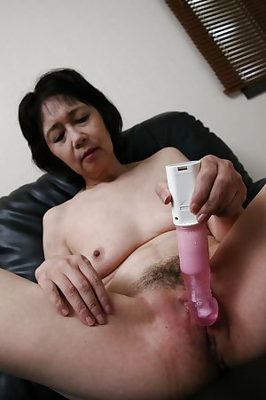 Mature asian whores: some nice old whores
