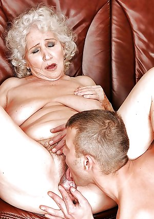 Hot old pussy lick