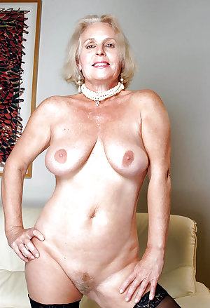 Granny Pussy Show by TROC