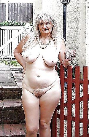 Granny loves being NAKED - 2