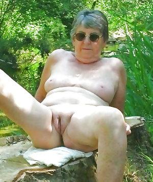 Granny Grandma & Old Ladies Outdoors 2