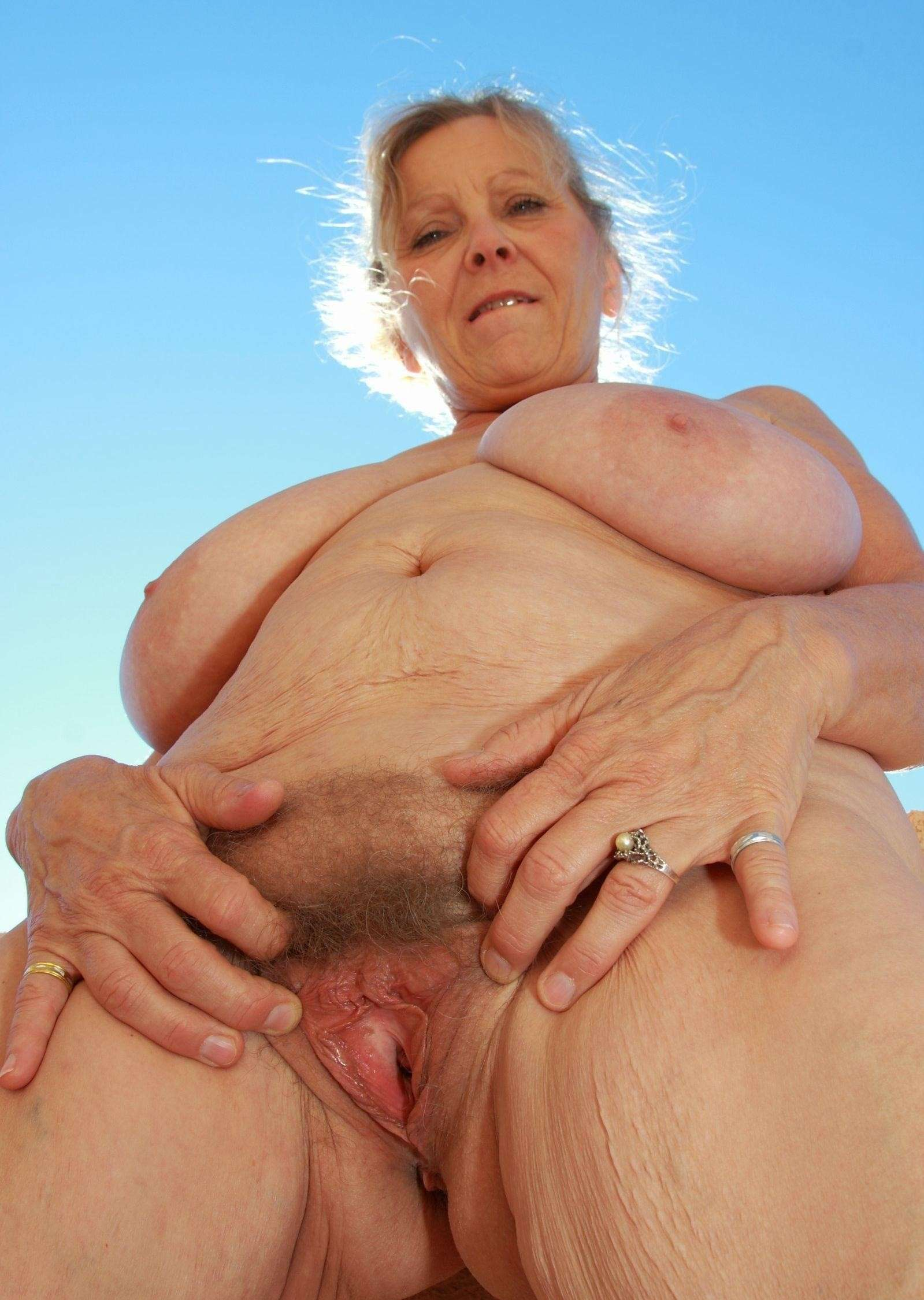 страстном старушка порно фото крупным планом посетитель, зашли сайт