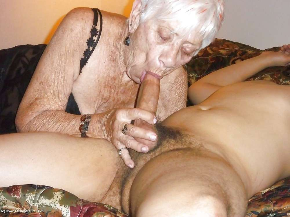 порно видео старухи за 80