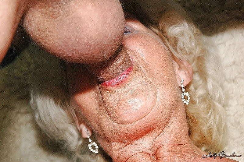 Порно минеты от старухи