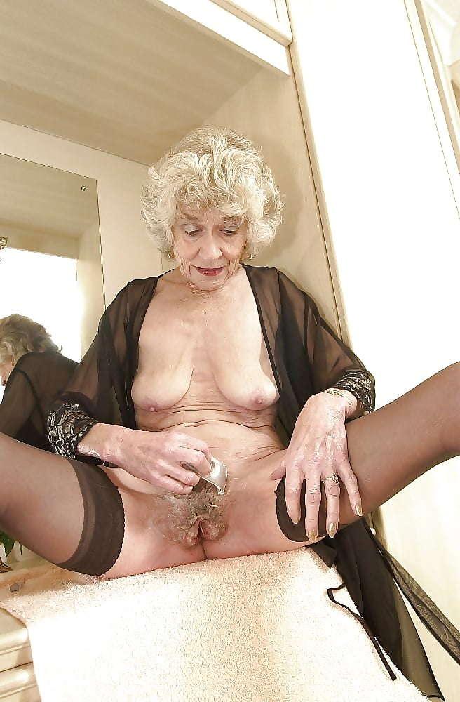 Kellie pickler having sex naked