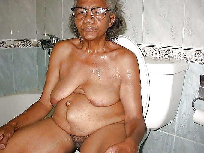 Clean Granny Sex free porno pics granny black sado mazo naked.